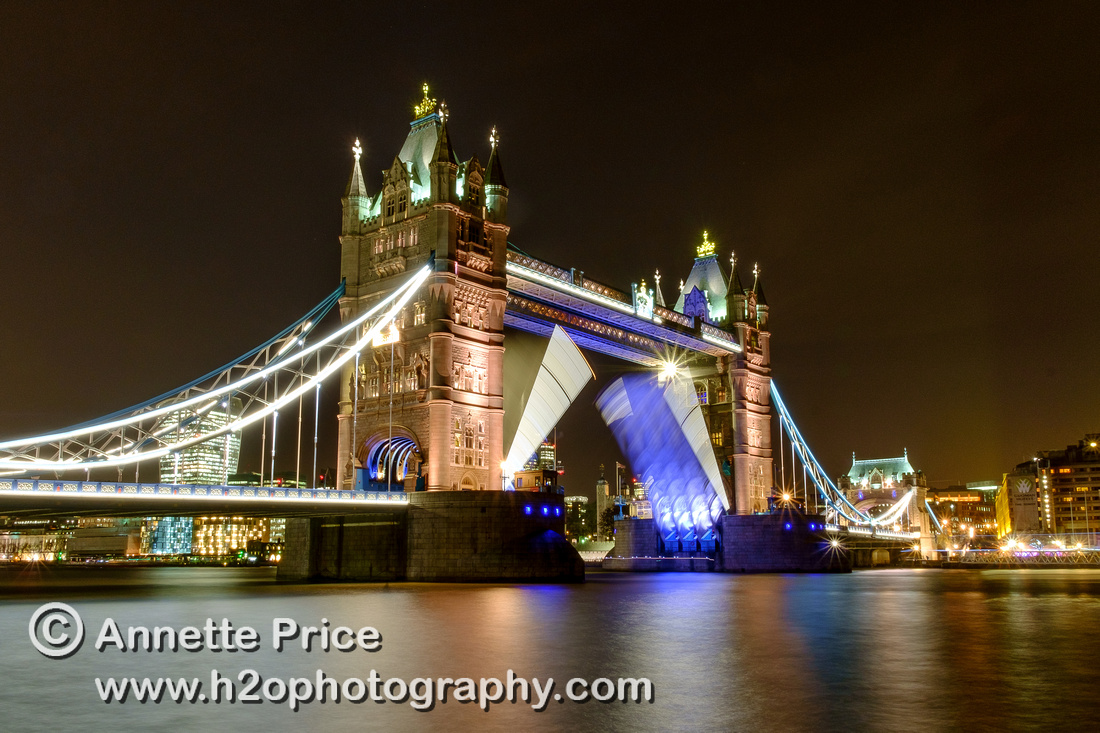 "A Tower Bridge ""Lift"", River Thames, London, UK"