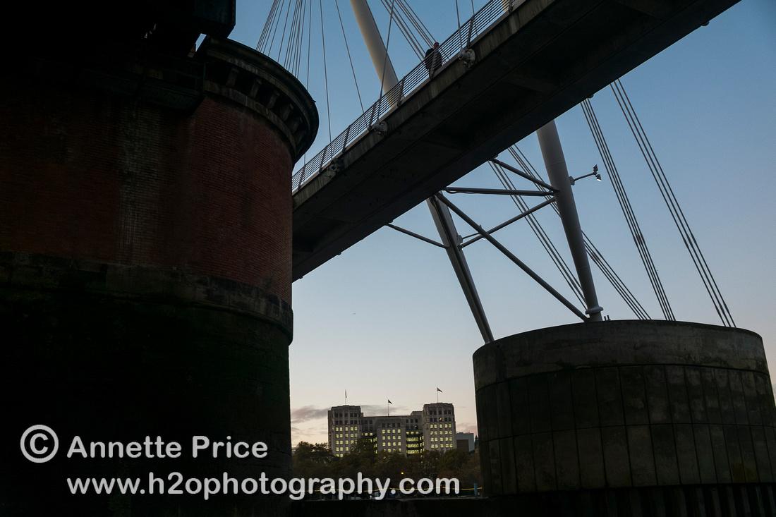 Hungerford Bridge, River Thames, London.